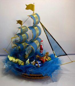 Корабль из конфет своими руками