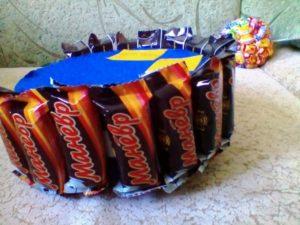 Кубок из конфет своими руками пошаговое
