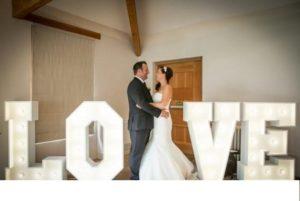Буквы на свадьбу своими руками из картона