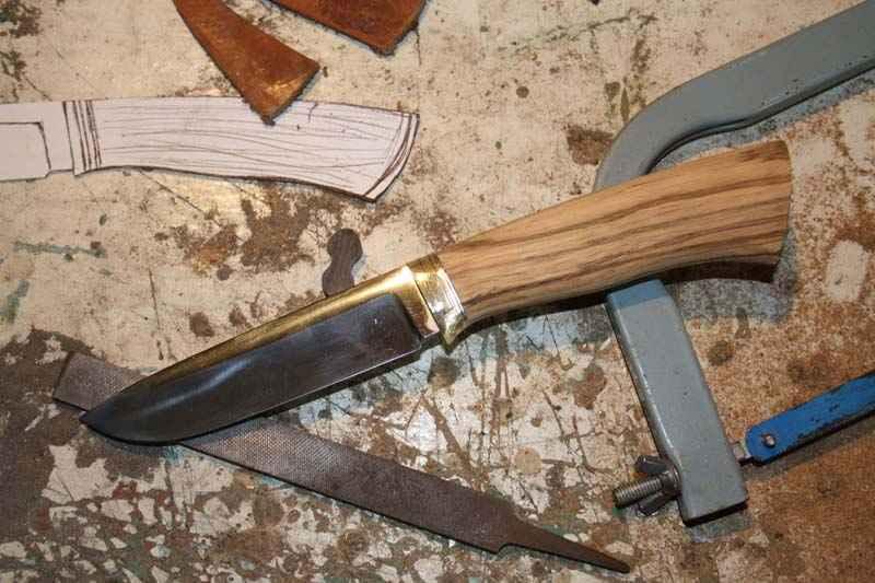 Нож с деревянной ручкой своими руками